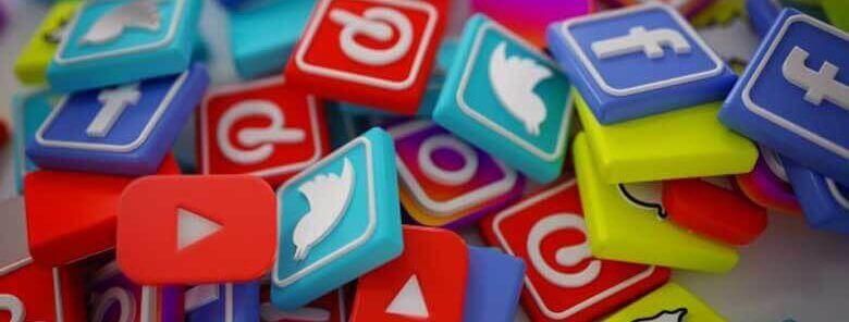 Driving traffic through social media